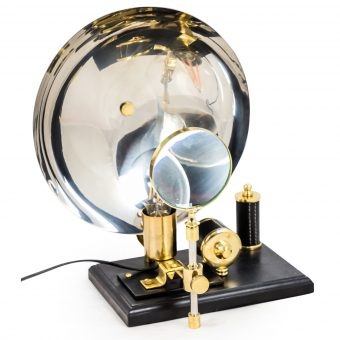 black-and-brass-inspection-table-lamp-p60986-85559_zoom-Mcgwan-rutherfrd